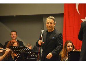 Bodrum Oda Orkestrası Ayvalık'ta konser verdi