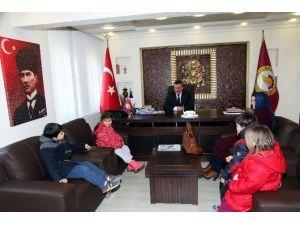 Minik Öğrencilerden Başkan Tutal'a Teşekkür Ziyareti