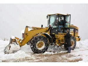 Artvin Belediyesi kar önlemlerini aldı