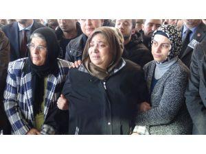 Şehit babası: Sülalem Kürt, bunlar neyin peşindeler?