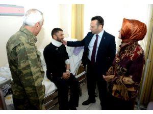 Vali Aksoy, Yaralı Asker Ve Polisleri Ziyaret Etti