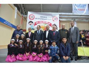"""Bafra'da """"Sevgi İle Uzanan Eller"""" 2. Yıl Tanıtım Programı"""
