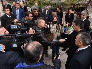 Vali Topaca: 339 ve 126 kişinin takası yapıldı