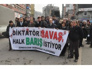"""Zonguldak Demokrasi Platformu'ndan """"Savaşa Hayır"""" Eylemi"""