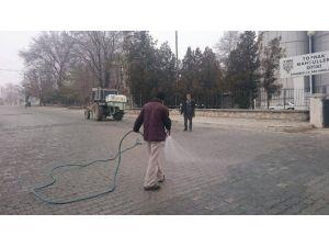 Cihanbeyli'de Buzlanmaya Karşı Solüsyonlu Önlem