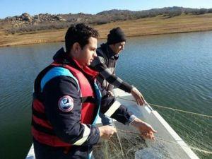 Kayalı Barajında 400 Metre Misina Ağına El Konuldu