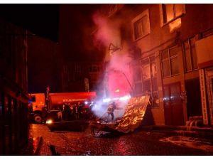 Bitlis'te İşyeri Yangını