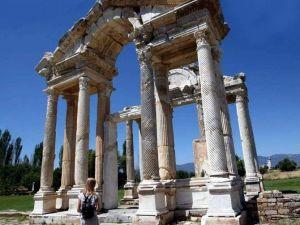 Aydın'da 8 Ören Yerleri Ziyaretçilerini Ağırlıyor