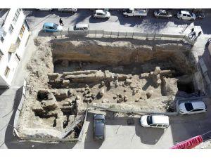 Tarsus'ta 2. antik yol bulundu