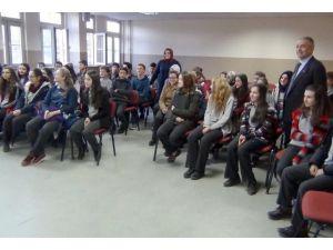 Simav Osman Bey Ortaokulu'nda 'Bağımlılık' semineri verildi