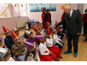 Anaokulu minikleri 2015 yılına balo ile veda etti