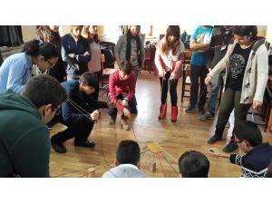 Okul Sosyal Hizmet Birimi Fark Edip Keşfediyor