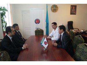 Kazakistan'da 7 İlçeye Sağlık Hizmeti Veren Hastanenin Konferans Salonu Yenilendi