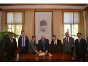 Muğla Büyükşehir belediyesi ile Tüm Yerel-Sen toplu sözleşme imzaladı