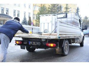 Karaman'da Kar Ve Buzlanmaya Karşı Ekipler Çalışmalara Başladı