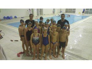Düzceli Yüzücüler Şampiyonaya Hazırlanıyor