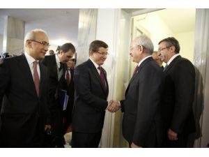 Davutoğlu-Kılıçdaroğlu görüşmesi başladı