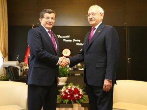 Başbakan Davutoğlu ile CHP Genel Başkanı Kılıçdaroğlu bir araya geldi