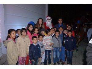 Kemer'de Yeni Yıl Ve Halkla Buluşma Gecesi