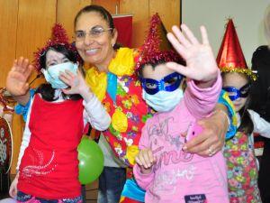 Balcalı Hastanesi'nde çocuklar için yılbaşı eğlencesi