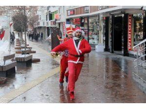 BBP'lilerden Yılbaşı Tepkisi: Noel Baba'ya Kelime-i Şehadet Getirttiler