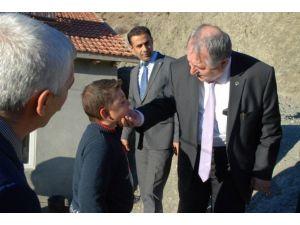 Milli Eğitim Müdürü Özkan, Kazada Yaralanan Öğrencileri Ziyaret Etti