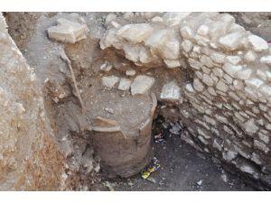 Bodrum'da Tarihi Su Kuyusu Bulundu