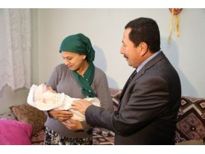 Ordu'da İki Ailenin Tüp Bebek Sevinci