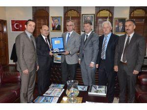 Bem-bir-sen Genel Başkanı Türbay'dan Başkan Yılmazer'e Ziyaret