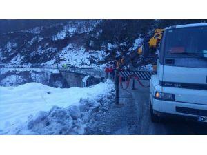 Artvin'de Sürücülerin Kar Çilesi