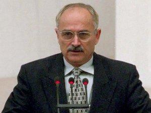 Eski Başbakan Yardımcısı Pakdemirli vefat etti