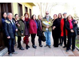 Eskişehirli Ressam Kursiyerler Yeni Yılı Öğretmeni İle Birlikte Kutladılar