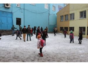Şırnak'ta Okullara Kar Tatili