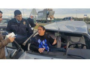 Kaza Yapan Sürücü Şoka Girdi