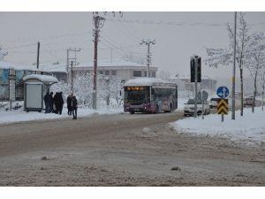 Otobüs Seferleri Aksamadan Yapılıyor