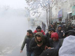 Polis, HDP milletvekillerinin de olduğu gruba müdahale etti