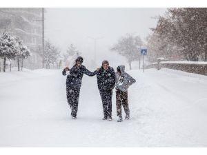 Ahlat'ta Kara Kış