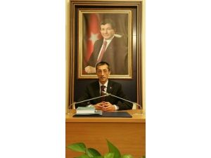 AK Parti İl Başkanı Yeşilyurt'tan Mekke'nin Fethi Ve Miladi 2016 Yılı Mesajı