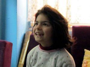 Çaresiz Anne Biri Engelli İki Çocuğuyla Bir Başına Kaldı
