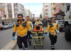 Otomobil İle Motosiklet Çarpıştı: 1 Yaralı