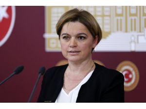"""""""İtibarları kolayca harcayan bir Türkiye döneminin artık son bulması gerekiyor"""""""