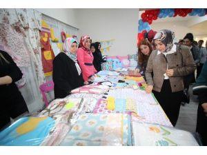 Ağrı'da Aile Destek Merkezi Çalışmaları Sergilendi