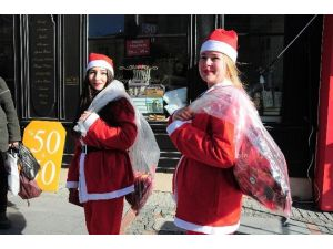 Edirne'de, Noel Baba Yerine Noel Anneler İşbaşında