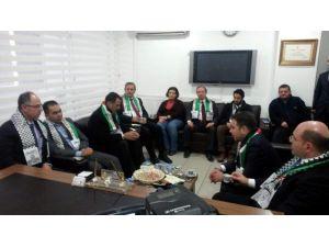 Büyükelçi Faed Mustafa, AK Parti'yi Ziyaret Etti