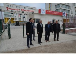Başkan Karataş Kyk Öğrenci Yurdunu Ziyaret Etti
