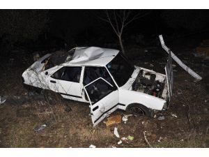 Kırkağaç'ta Otomobil Domuza Çarptı: 3 Yaralı