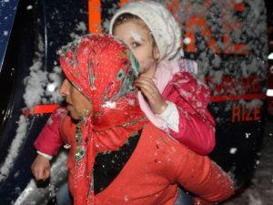 Mahsur Kalan Hasta Çocuklara Beş Saat Süren Operasyonla Ulaşıldı