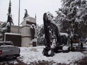 Terme'de yoğun kar yağışı