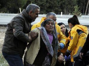 Antalya'da Feci Kaza: 2 Ölü, 3 Ağır Yaralı (2)