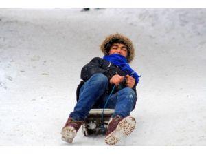 Erzurum'da Kar Yağışı Ve Tipi